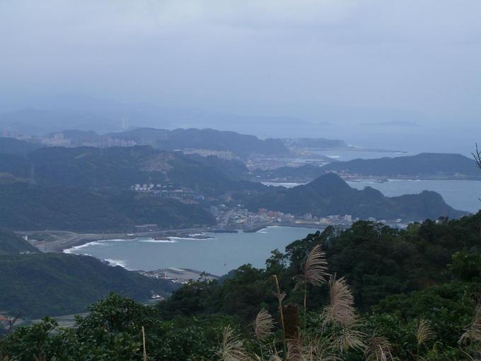 基隆山遠眺北濱海岸線
